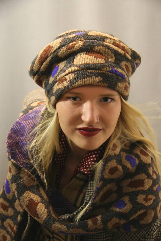 mirjam nuver hats-wintercollectie -crazy stuff-4windrichtingen muts groot.jpg